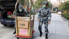 【打贏疫情防控狙擊戰】武昌職業學院慰問軍隊一線醫療人員