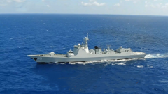 【新春走基层·记者在战位】海军远海训练编队展开临检拿捕演练