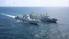 海军第34批护航编队海空立体航行补给