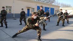 直擊:石嘴山武警新兵崗前任職培訓考核