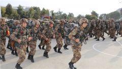 陆军第75集团军某旅开展应急分队战备演练 增强应急处突能力