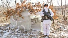 陆军第79集团军某旅锤炼部队严寒条件下野外生存能力