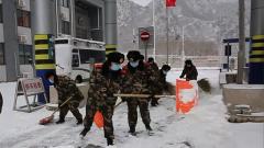 武警北京總隊:風雪無阻 強化安全服務保出行