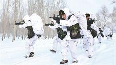 林海雪野礪兵急——黑龍江省軍區冬季實戰化野營訓練掠影
