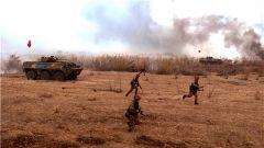 鐵甲轟鳴奏戰歌  實戰實訓謀打贏