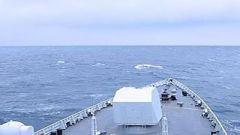 我海军舰艇编队以战备训练状态通过国际日期变更线