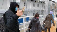 【直通疫情防控一线】火神山医院又一批患者出院