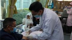 【打贏疫情防控阻擊戰】 云南蒙自:紅河州退役軍人事務局黨員干部無償獻血 傳遞愛心