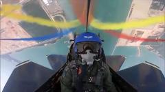 八一飛行表演隊完成新加坡航展飛行表演任務歸建