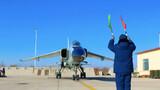 正午当时,战鹰陆续返回机场