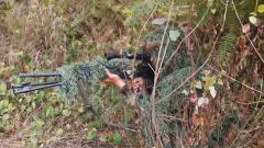 【第一军视】侦察尖兵丛林破袭 狙击手渗透狙击