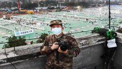 """不畏艰险,深入一线——""""武汉保卫战""""一线新闻工作者素描"""