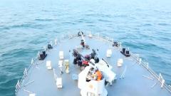 海军某基地组织高强度海上对抗演练