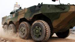 火力全开!陆军第77集团军金刚钻旅从严从难开展装甲车驾驶训练