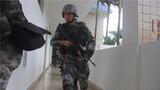 """为进一步检验官兵的应急作战能力,夯实部队打赢基础, 3月18日,南部战区陆军某边防旅采用""""不定时、不定点、不打招呼""""的方式,组织官兵开展全员全装全要素战备拉动演练。"""