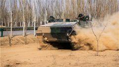 陸軍第76集團軍某旅:嚴密組織安全施訓 真抓實練提升質效