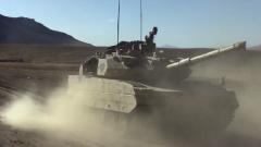 【第一軍視】黃沙飛揚 鐵甲戰車海拔4300米縱橫馳騁