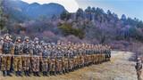三声哨响,闻令而动。近日,西藏军区某边防团在做好疫情防控工作的同时,组织官兵在海拔3000多米的喜马拉雅山脚开展了一场实战化战备演练。