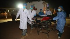 馬里:中國維和醫療分隊深夜緊急救治5名多哥遇襲維和警察