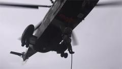 【聚焦实战化演兵场】驻香港部队组织陆海空三军联合巡逻
