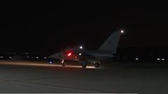 空军教-10高级教练机夜航飞行训练