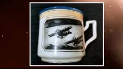 杯身印有霍克飞机 这只茶杯见证了武汉空战历史