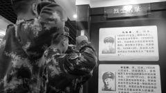 武警塔城支队官兵开展清明纪念活动 在追思中坚定信仰