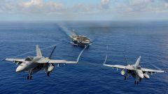 美军机同一天出现在南海东海和黄海 最近距中方舰艇仅400余米