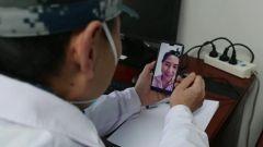 【直通疫情防控一线】跟踪随访 军队医护人员关注出院患者身心康复