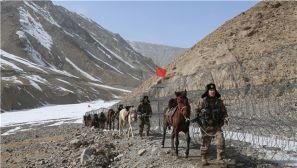翻雪山趟冰河,他们守卫着祖国的边疆