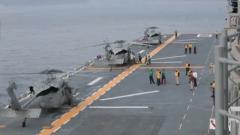 """杜文龙:传信息卖装备 F-35B和""""鱼鹰""""在两栖舰上进行训练"""
