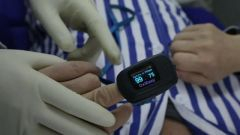 【直通疫情防控一线】火神山医院运用新疗法帮助患者康复
