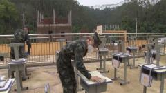 【打赢疫情防控阻击战】广西梧州:武警官兵助力驻地学校复学