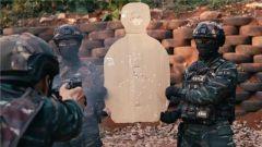 【聚焦实战化演兵场】信任射击 武警特战队员锤炼勇敢的心