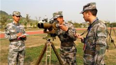 陆军第77集团军某旅侦察集训队组织结业考核