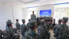 """陆军第75集团军某旅:身边典型成为教育课上的""""活教材"""""""