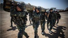 酷圖生猛:加鋼淬火 武警新疆總隊錘煉邊疆反恐利劍