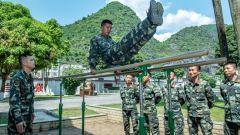 广西南宁:武警官兵暮春练兵忙