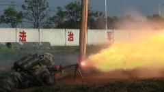 火龙出击!陆军第71集团军某旅喷火训练强势来袭
