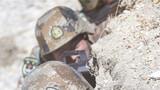官兵伺機而動。攝影:劉曉東、李海亮