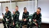 《与家人视频》——新兵入伍第一周,与家人视频展示军人新风貌