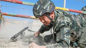 战味十足 直击武警新疆总队某支队比武竞赛现场