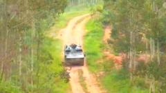 空降兵向空中合成部队加速转型:轮式装甲车 跑得快 打得准 能下水