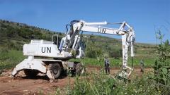 黎巴嫩:中国维和工兵紧急修复巡逻道路