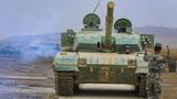 5月7日,陆军第76集团军某旅结合使命任务,从难从严组织装甲分队进行实战化演练。此次演练围绕筹划部署、指挥联动、战斗实施、综合保障等方面,突出快速机动、火力毁伤、协同作战等内容,重点检验多种战法打法在实战中的运用,全面提升部队打赢本领。图为官兵指挥坦克通过模拟铁路装载平台