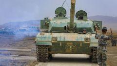 陆军第76集团军某旅组织装甲实战化连贯演练