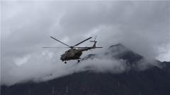 【第一军视】海拔4000米 直升机紧急转运突发疾病战士