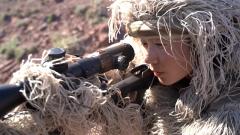 【第一军视】女狙击手帅气出镜 直击武警多种射击课目融合训练