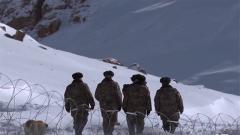 新兵走进前哨班 训练课目竟是走路?