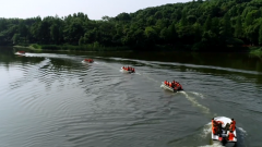 武警湖南总队组织多地官兵开展水上救援演练